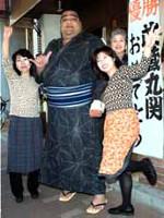 21世紀の報知年間最優秀力士賞に選ばれた横綱・武蔵丸