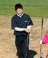 ゴルフを楽しんだ中日・浅尾