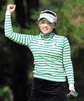 女子ゴルフの部で受賞した有村智恵