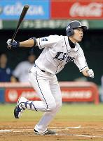 プロ野球記録のシーズン216安打を達成した秋山